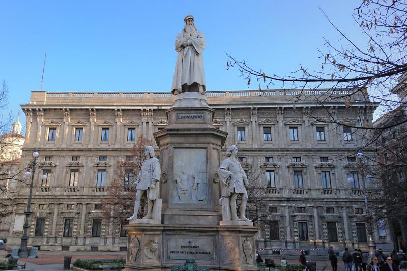 Statua Leonardo da Vinci
