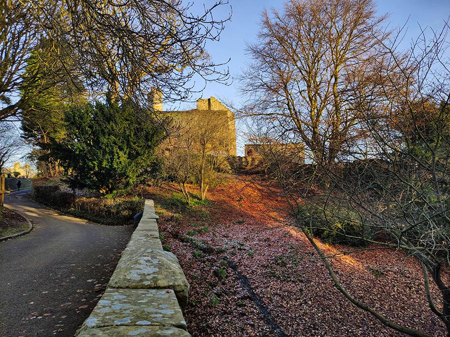 Aberdour Castle - zamki w Szkocji za darmo