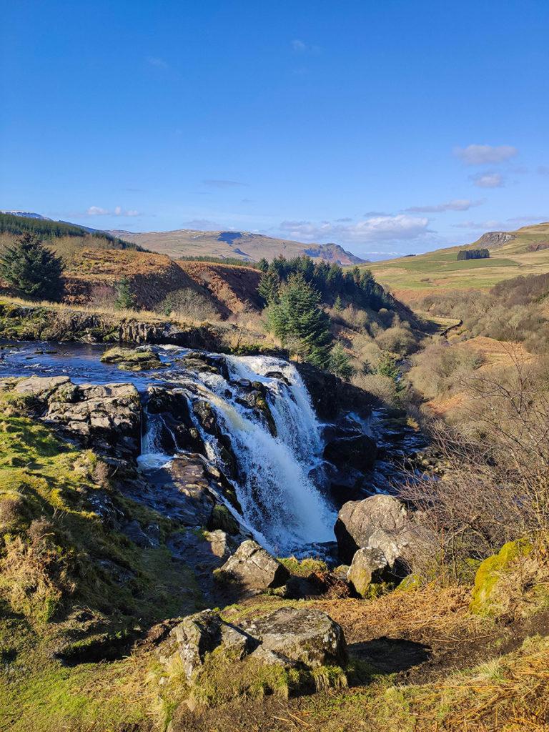 loup of fintry wodospady w szkocji