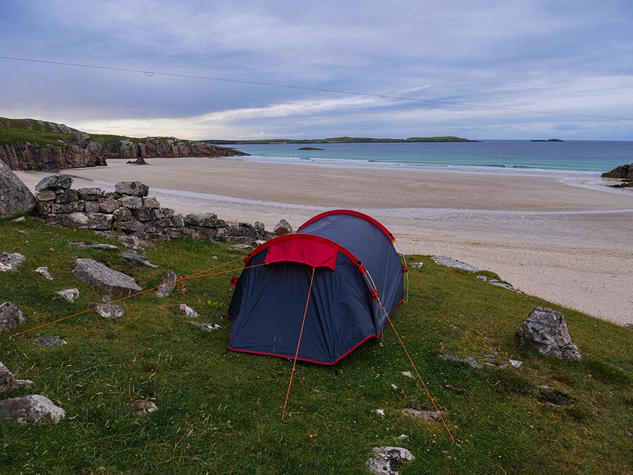wild camping w Szkocji w namiocie