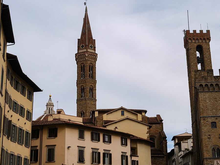 Klimatyczne uliczki we Florencji spacer po Florencji