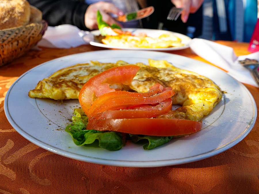 dania kuchni marokańskiej omlet z warzywami
