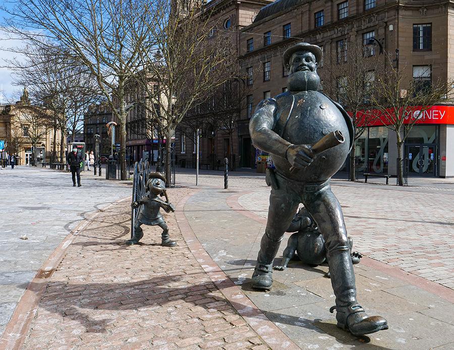 Desperate Dan Statue atrakcje w dundee