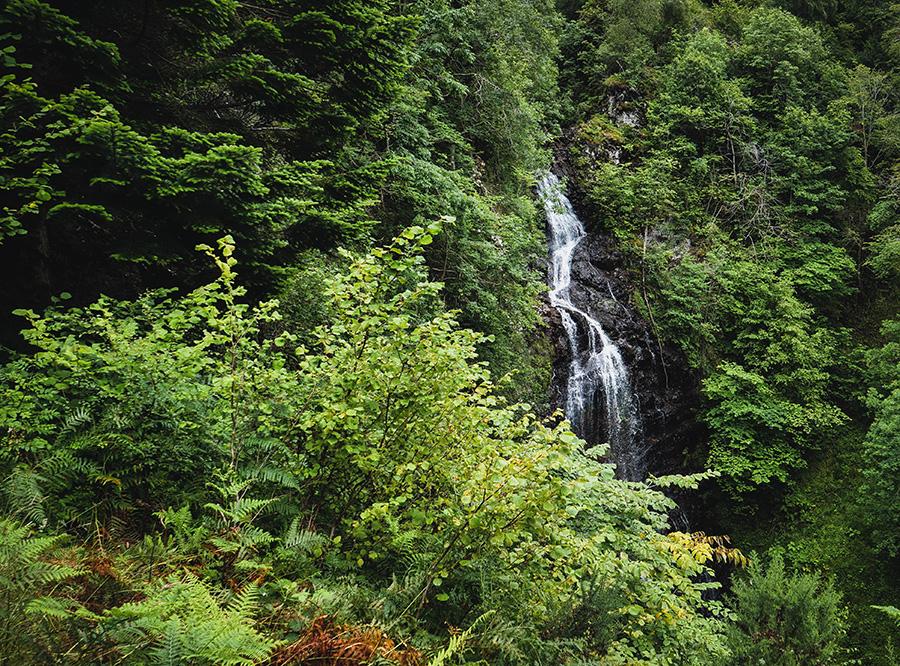 divach falls wodospady w szkocji atrakcje nad Loch Ness