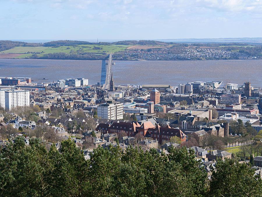 Dundee Law - wulkaniczne wzgórze i punkt widokowy