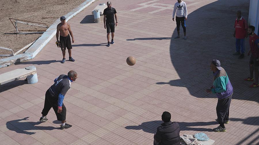 Al-Dżadida lokalni mieszkańcy