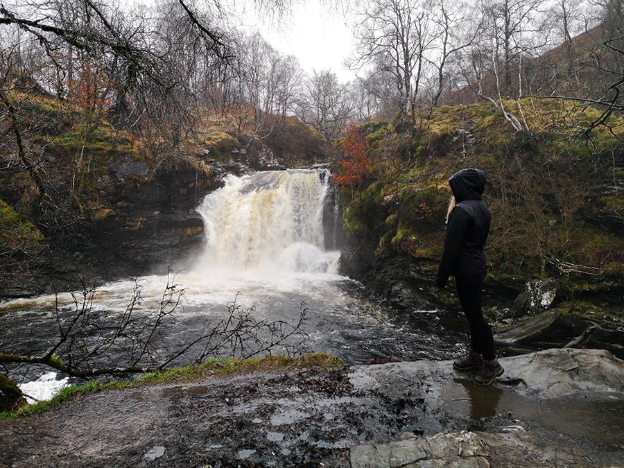 wodospady w loch lomond falls of falloch szkocja