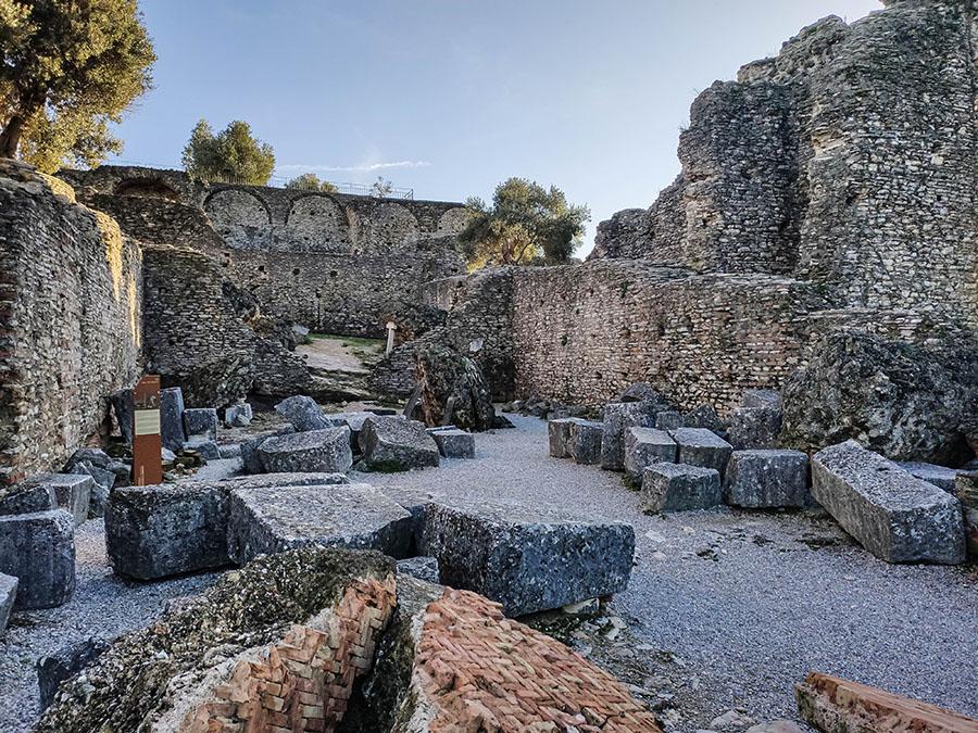 grotte di catullo sirmione lago di garda atrakcje zwiedzanie