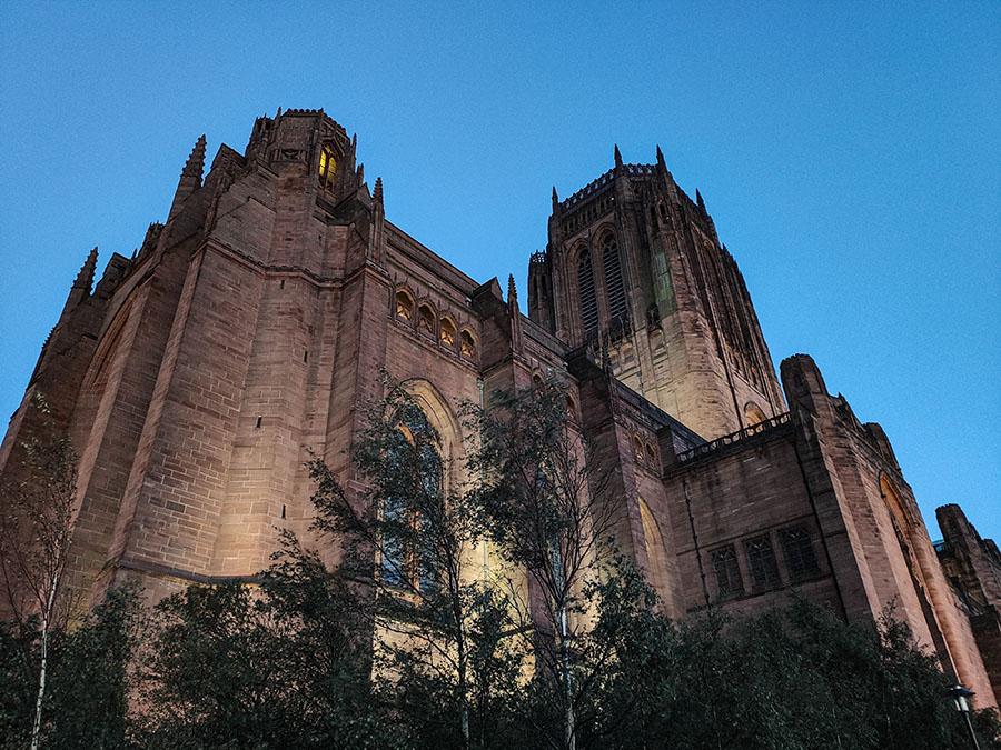 katedra w liverpoolu atrakcje miasta