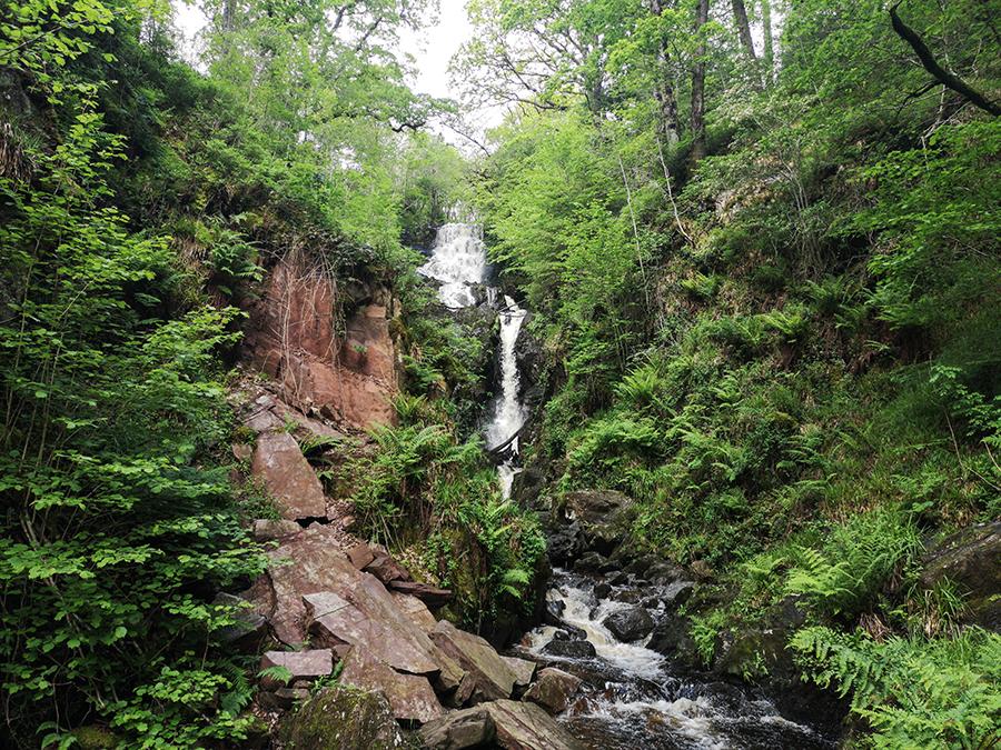 Little Fawn Waterfall loch lomond wodospady atrakcje