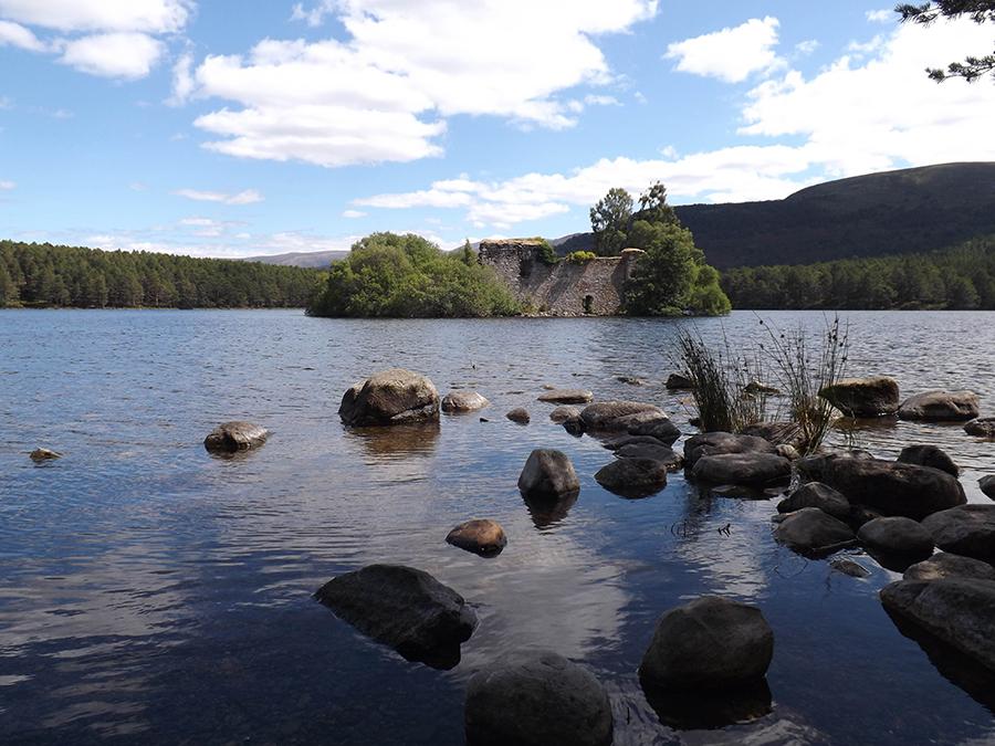 zamek loch an eilein szkocja