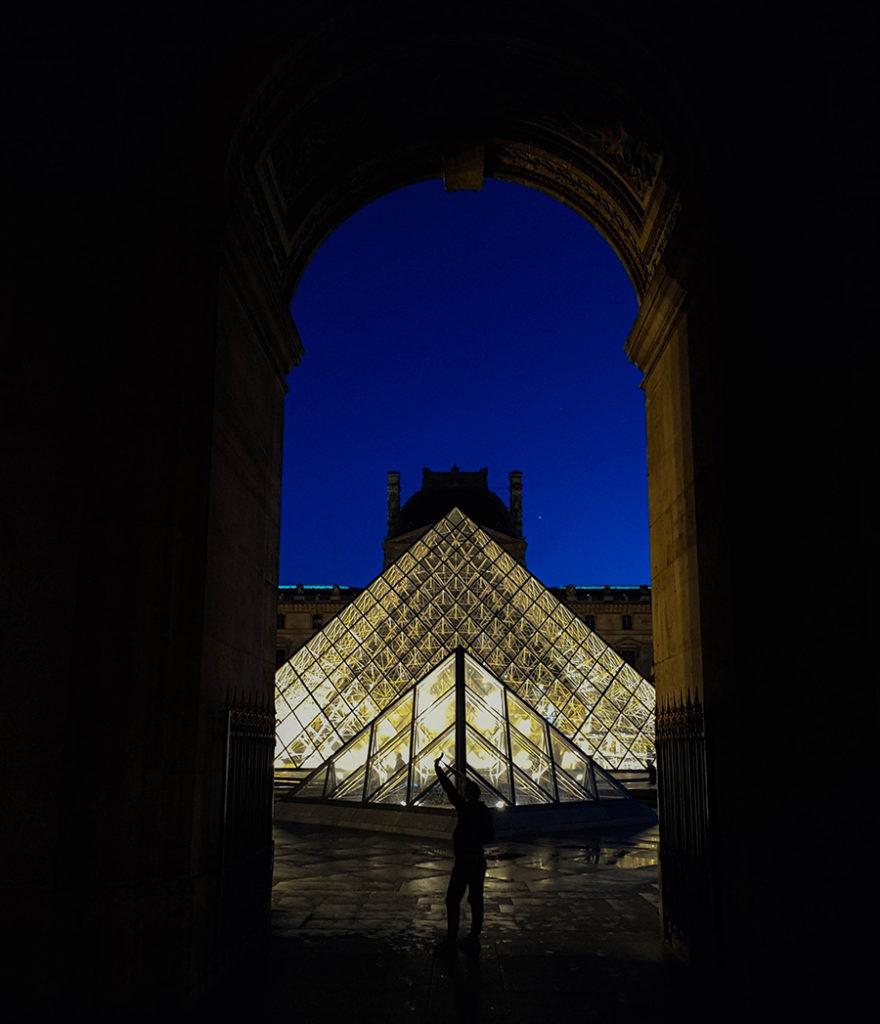 luwr muzeum sztuki atrakcje w paryżu