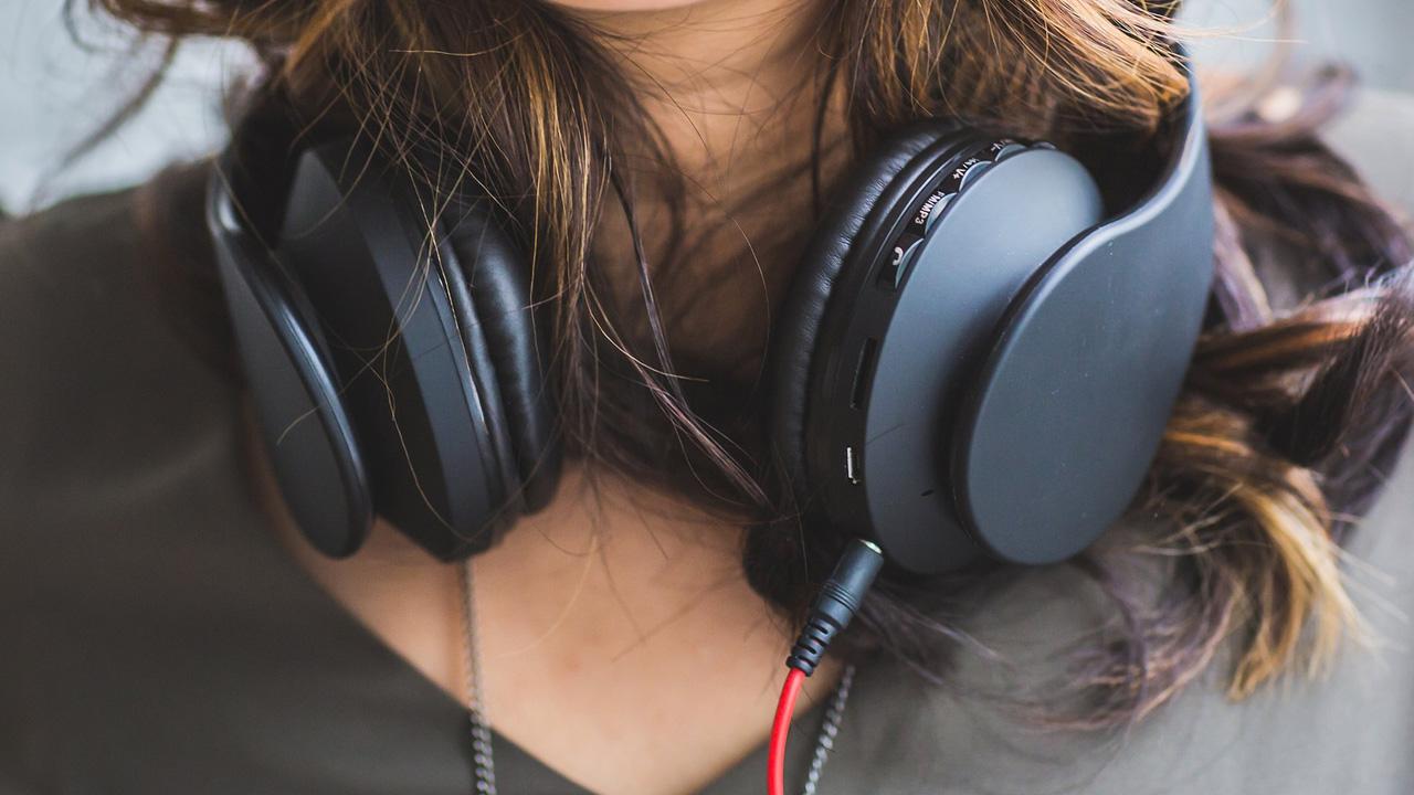 podcasty które warto słuchać