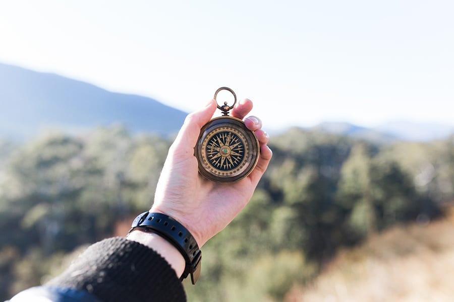 prezent dla podróżnika kompas