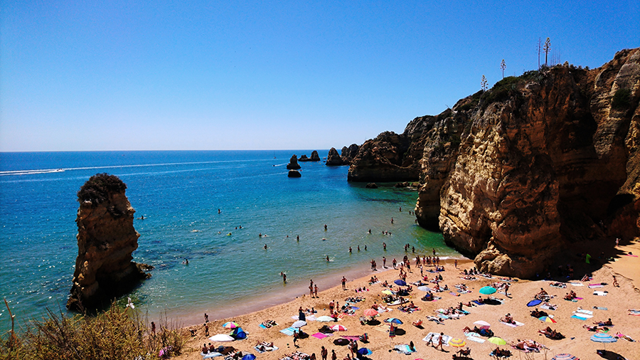 praia dona ana algarve portugalia