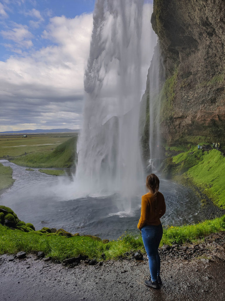 seljalandsfoss wodospad islandia