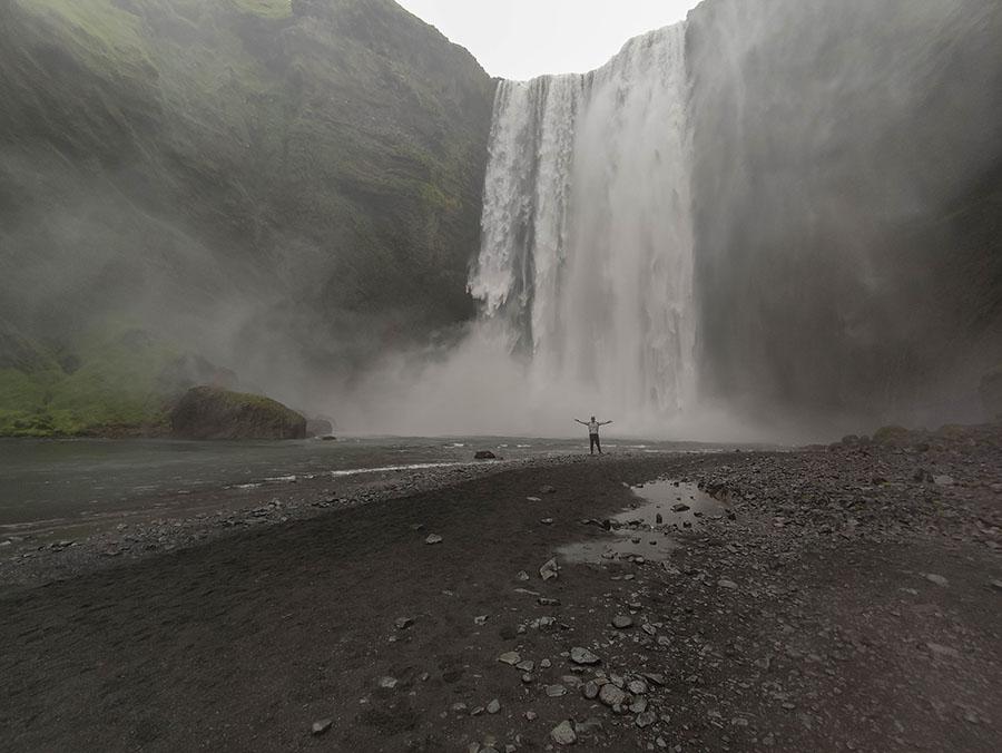skogafoss wodospad islandia