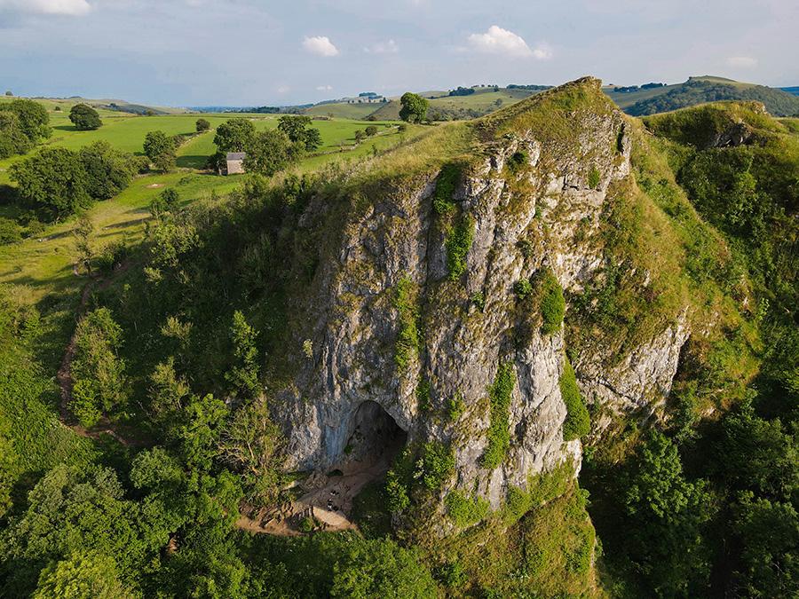 Thors Cave jaskinia w Peak District