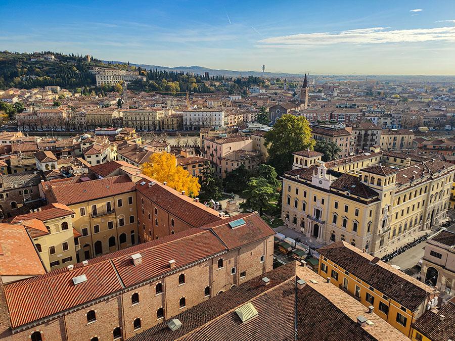 torre dei lamberti punkt widokowy werona najciekawsze miejsca