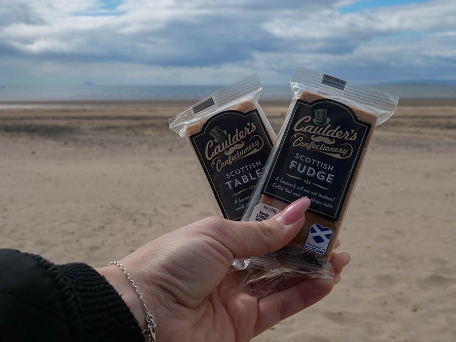 Czego warto spróbować w Szkocji scottish tablet